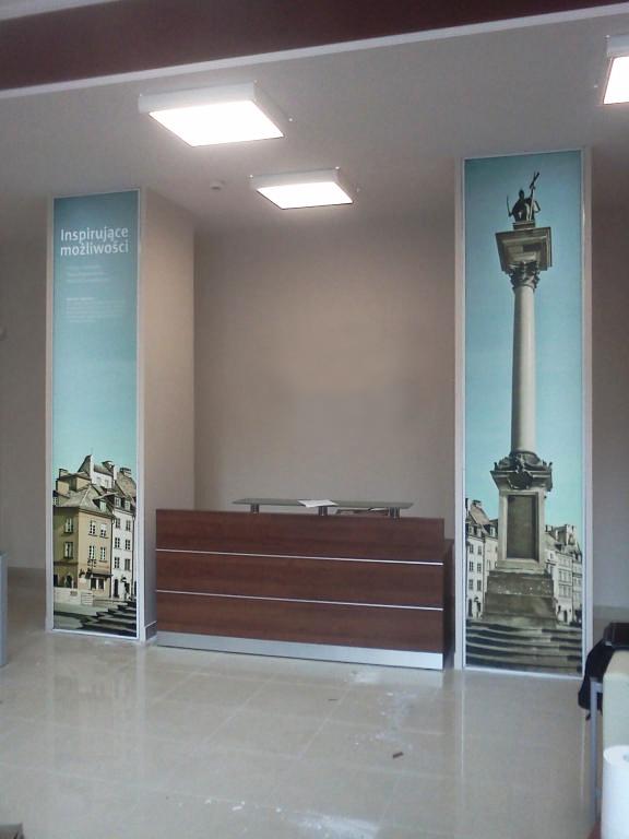 Ścianka ekspozycyjna o niestandardowych wymiarach