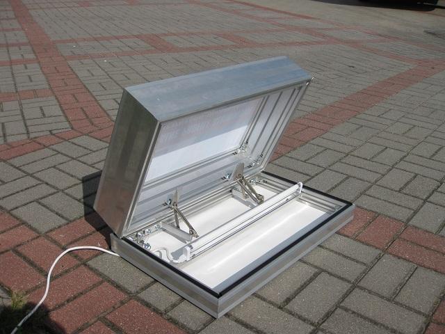 kaseton z otwieranym frontem